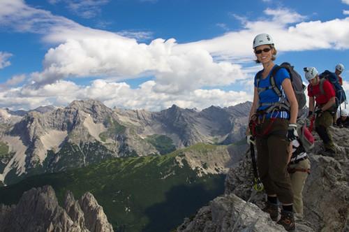 Klettersteig Innsbruck : Innsbrucker klettersteig innsbruck karwendl allesklettersteig™